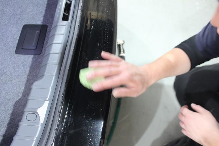 車の鉄粉処理方法